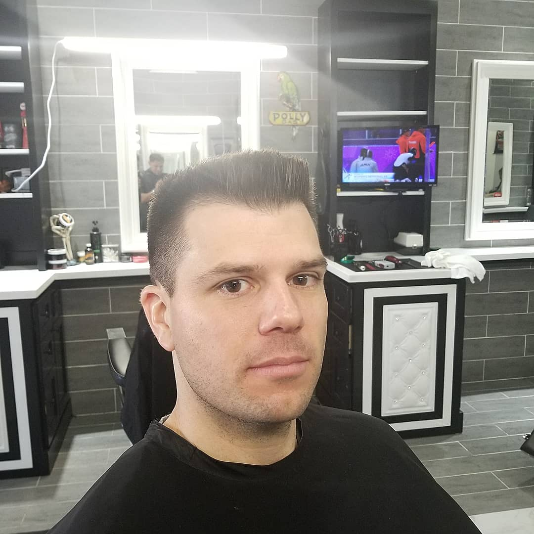 https://signaturebarbershop.net/wp-content/uploads/2020/11/gallery_full-4.jpg