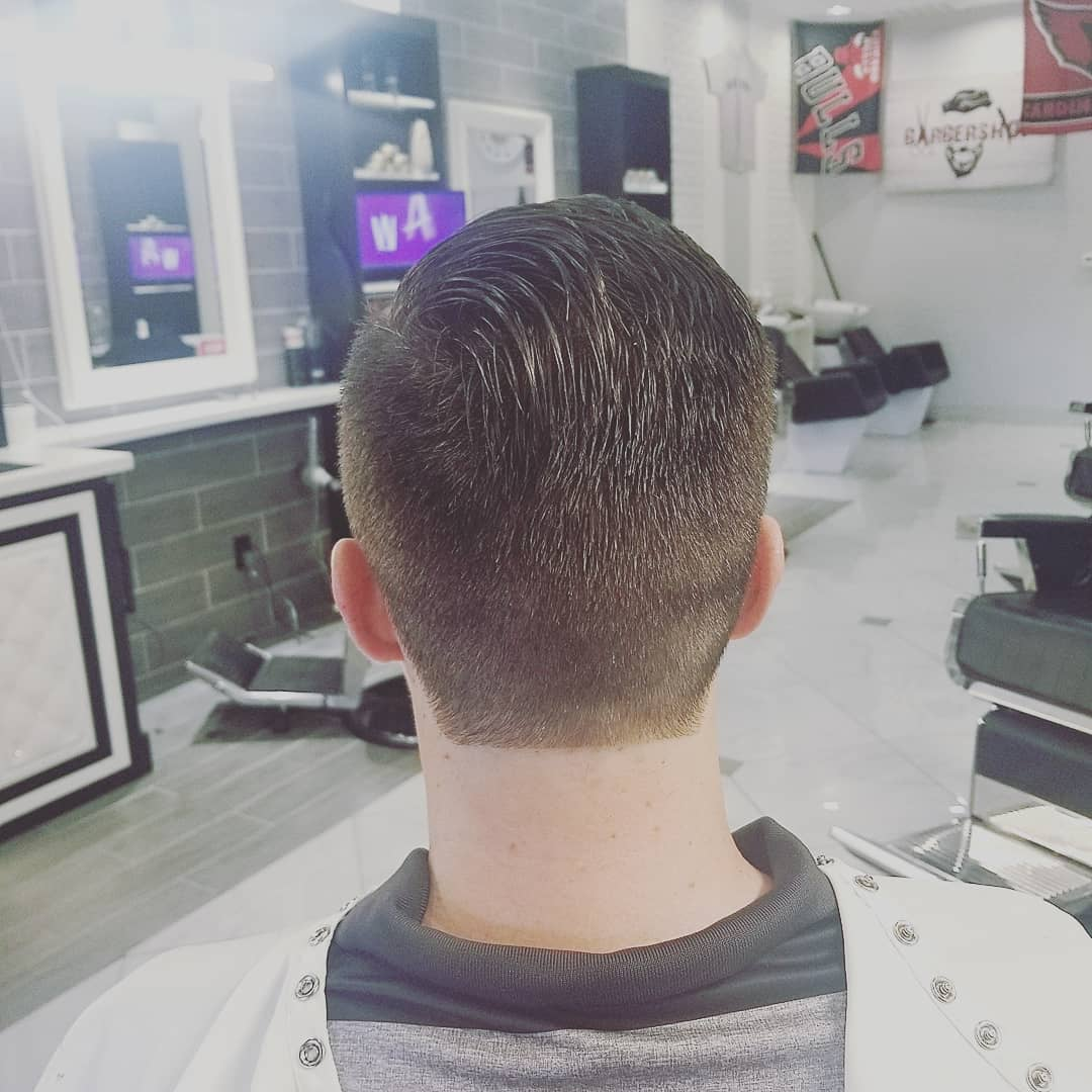 https://signaturebarbershop.net/wp-content/uploads/2020/11/gallery_full-7.jpg
